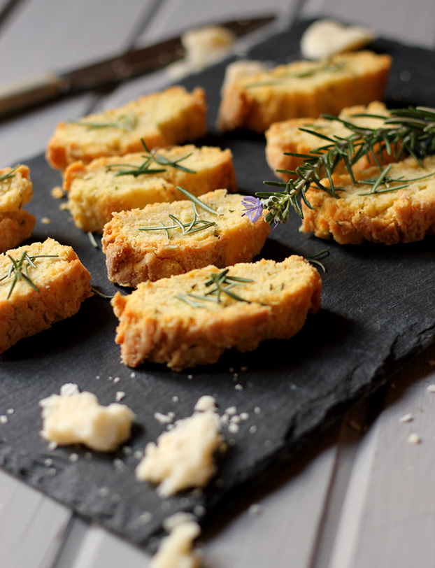 Italian Parmesan biscuits