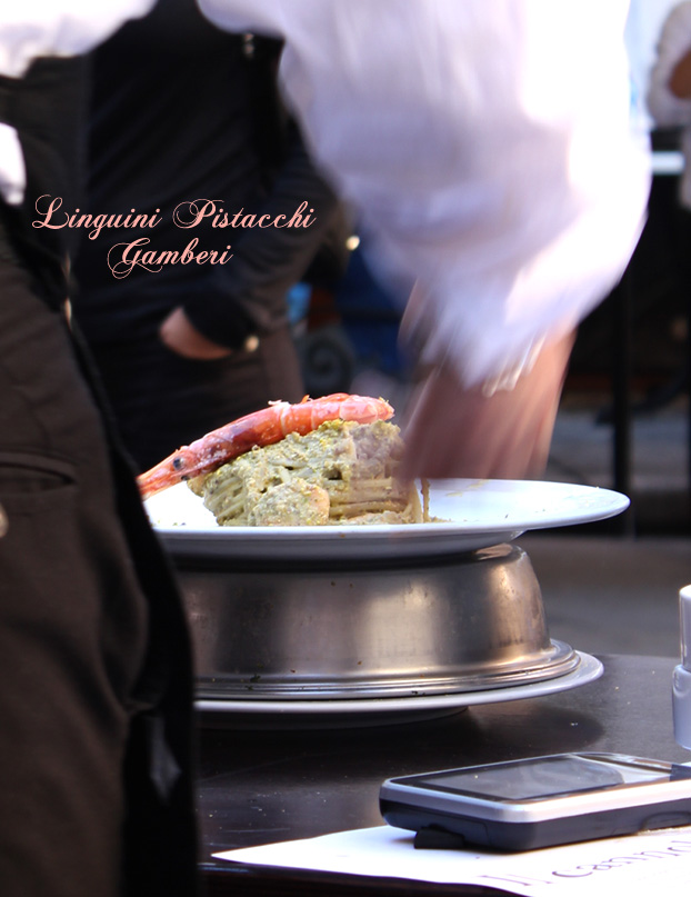 Linguini pistacchi gamberi at the Antica Focacceria, Palermo